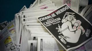 Karikatur kontroversial majalah charlie hebdo sehabis kartun  Karikatur Kontroversial Charlie Hebdo Gambar Tuhan Bersenjata