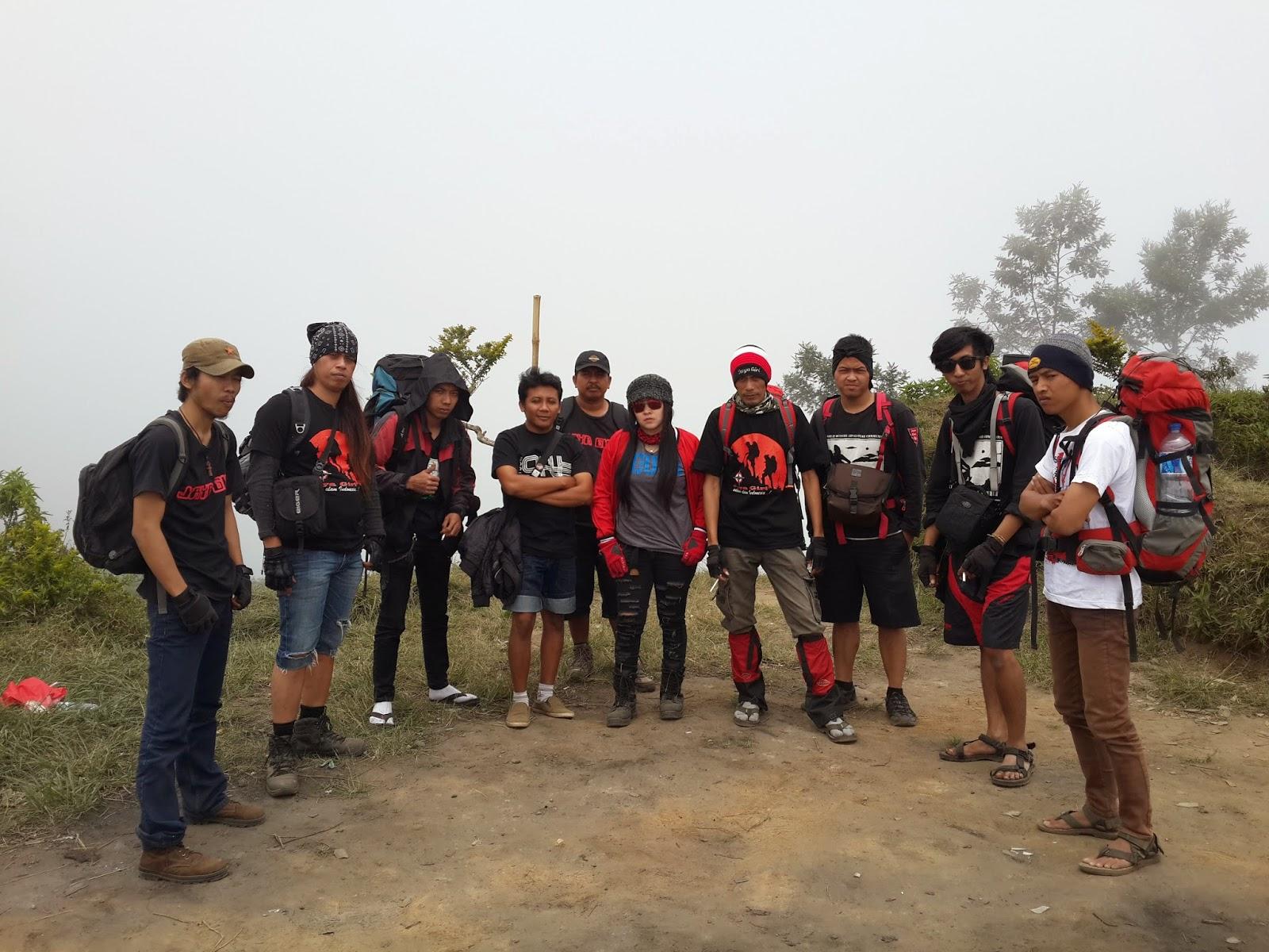 Jaya Giri salam alam Indonesia PENDAKIAN GUNUNG ANDONG