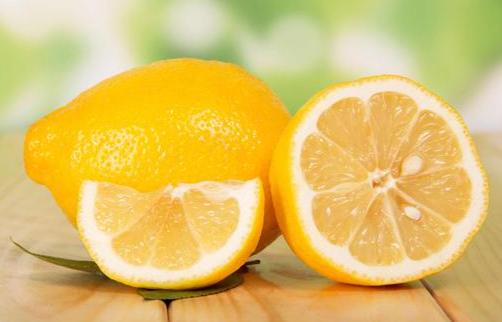 Membuat Pengharum Ruangan Alami Dengan Lemon