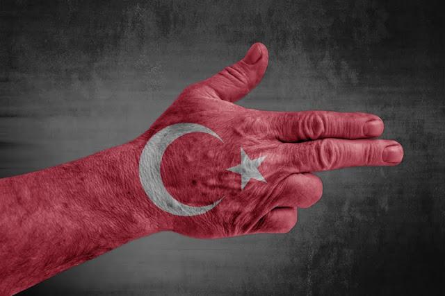 Político turco pide expulsar a inmigrantes armenios