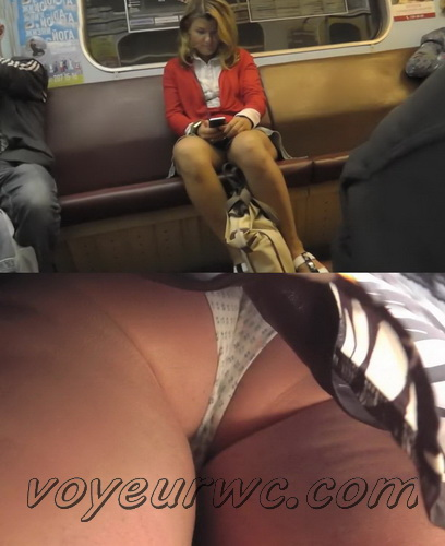 Upskirt video features a sexy girls on a bus. Video film filled with erotic upskirts (100Upskirt 5464-5509)