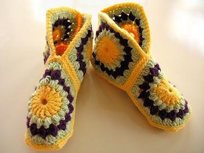 Zapatillas grannys con gráficos a crochet