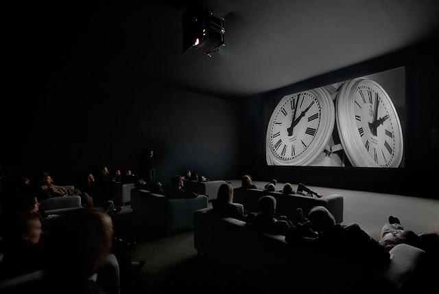 The Clock, O Tempo Real