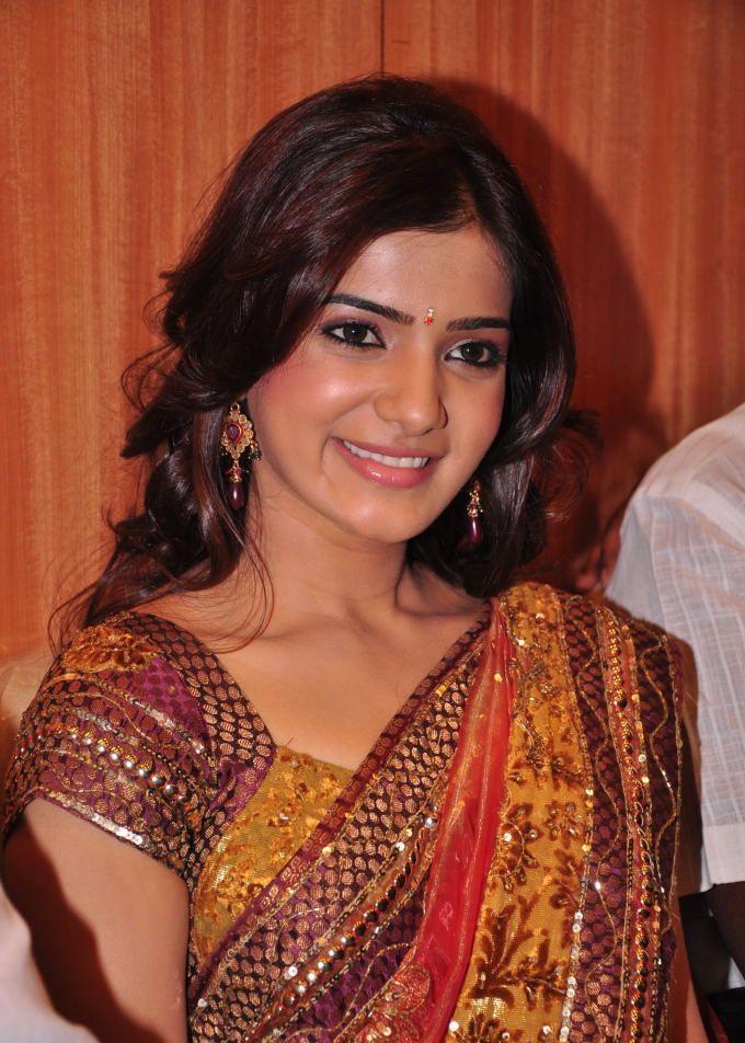 Samantha In Saree: .: Sexy Actress Samantha In Saree