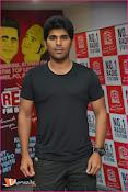Allu Sirish at Red FM-thumbnail-11