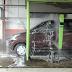 Pilih Mana ? Cuci Mobil Secara Manual Atau Otomatis