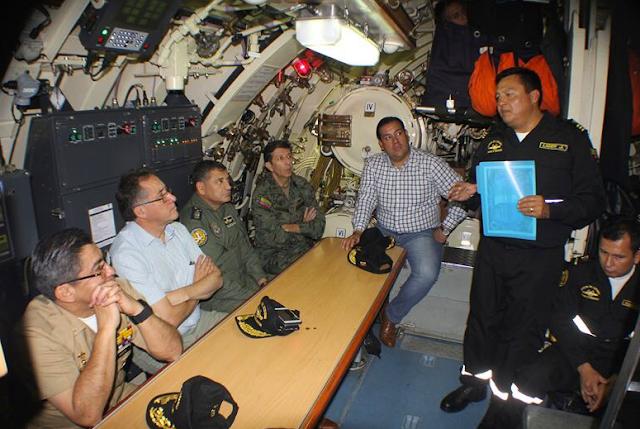 Ecuador ejercita el control de actividades ilícitas en el mar