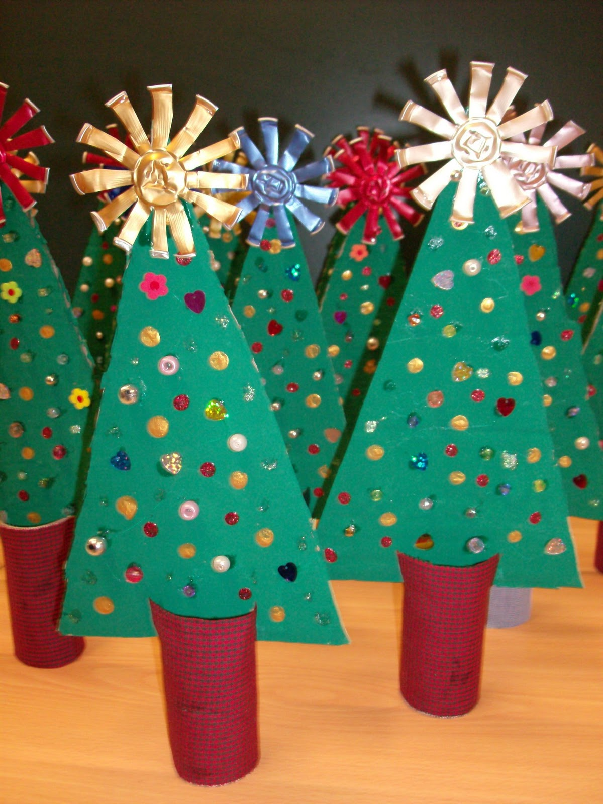 Reuse Crafts Christmas Tree Cardboard Craft