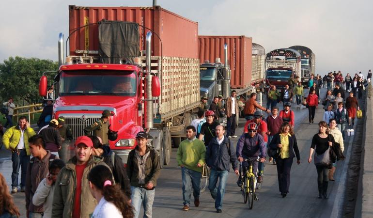 Asociación gremial de Camioneros se suma al paro nacional