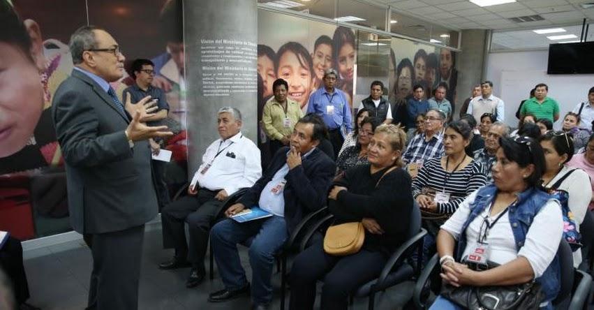 MINEDU: Idel Vexler se reunió con representantes de las APAFA - www.minedu.gob.pe