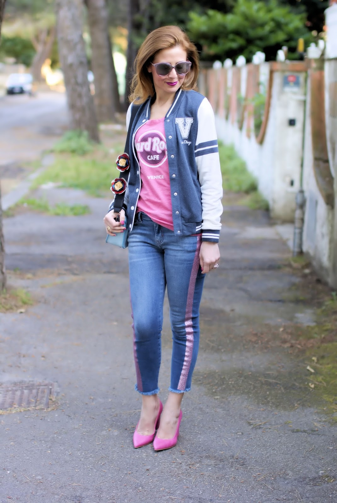 Hard Rock Cafe Venice t-shirt on Fashion and Cookies fashion blog, fashion blogger style