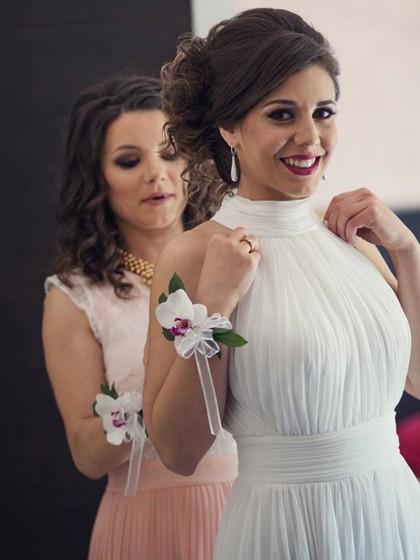 http://www.dressfashion.co.uk/product/informal-a-line-high-neck-chiffon-floor-length-ruffles-open-back-wedding-dresses-ukm00022572-177