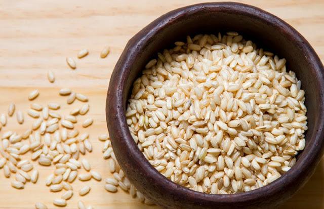 Resultado de imagem para arroz integral na panela de barro beneficios
