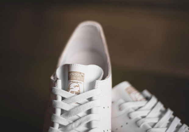 Stan Smith White Leather Sock versão peça única