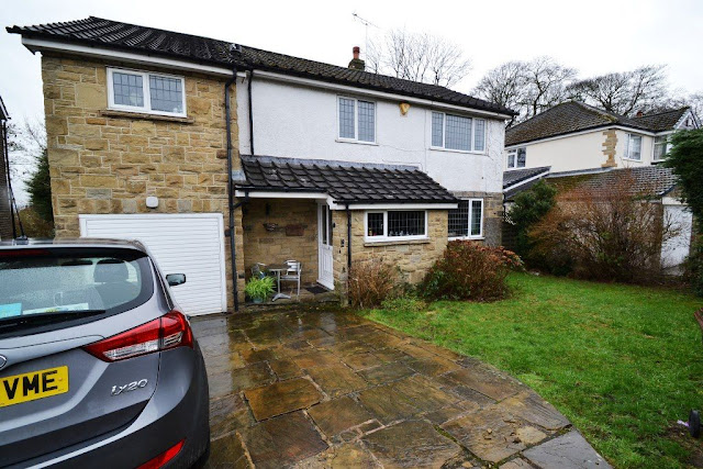 5 bed detached house for sale Park Mead, Thackley, Bradford BD10