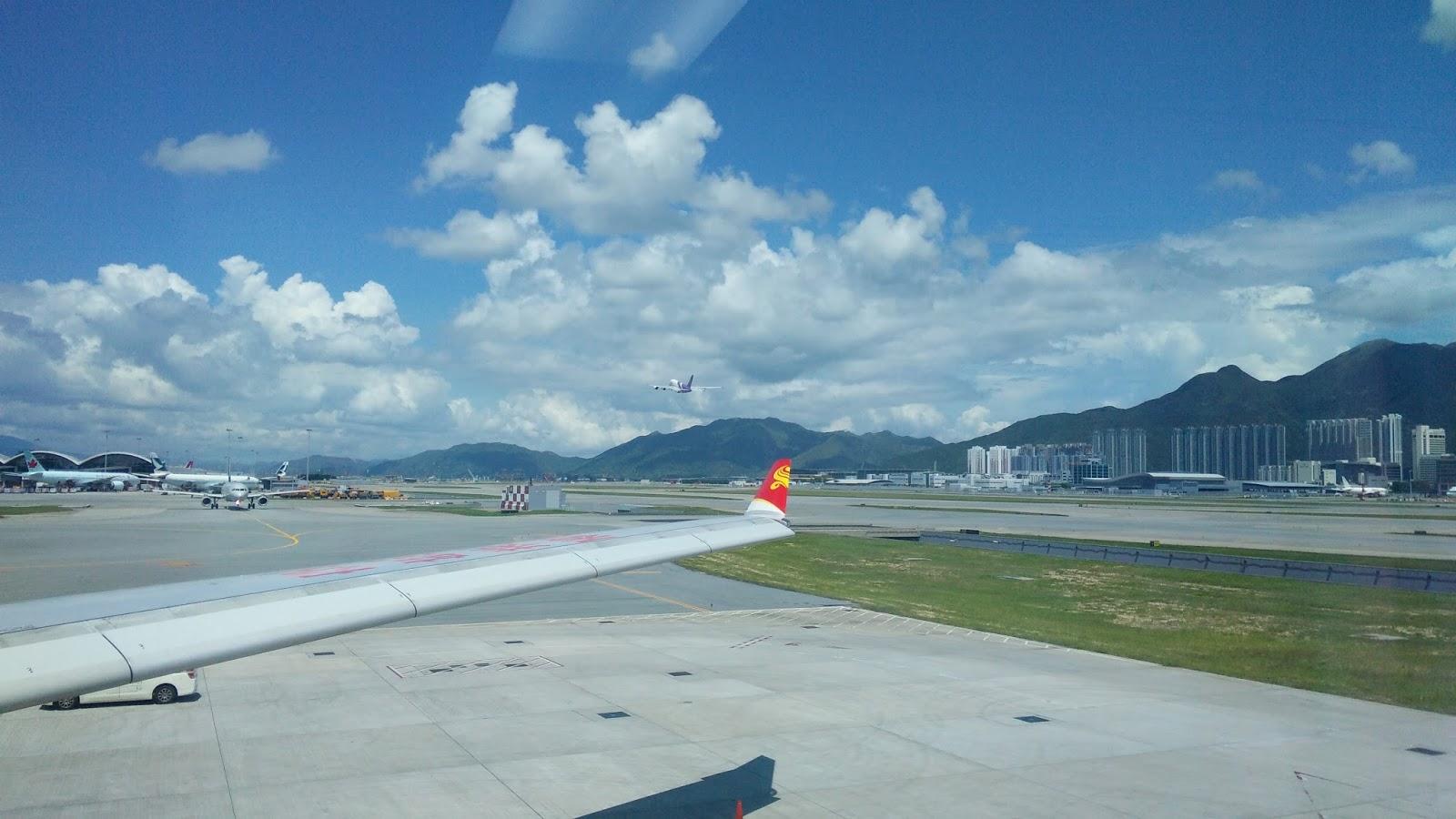 黑老闆說︱抵達香港機場,一出機艙正好看見泰航A380升空,我現在最想搭的就是這款空中霸王的商務艙。