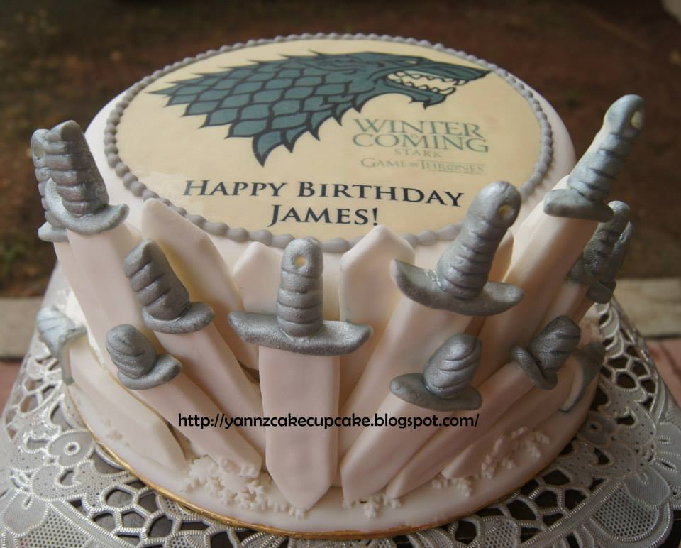 cake cupcake by yannz game of thrones cake. Black Bedroom Furniture Sets. Home Design Ideas