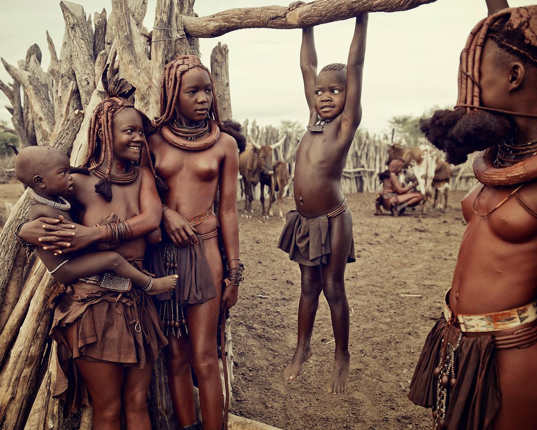 onlayn-porno-lishenie-devst-v-plemenah-afriki