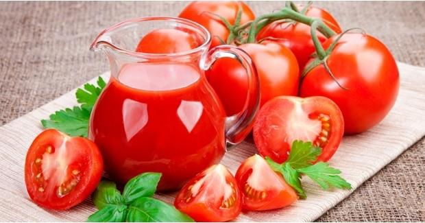 5-Manfaat-Tomat-Untuk-Wajah-Dan-Bibir-&-Cara-Pemakaiannya