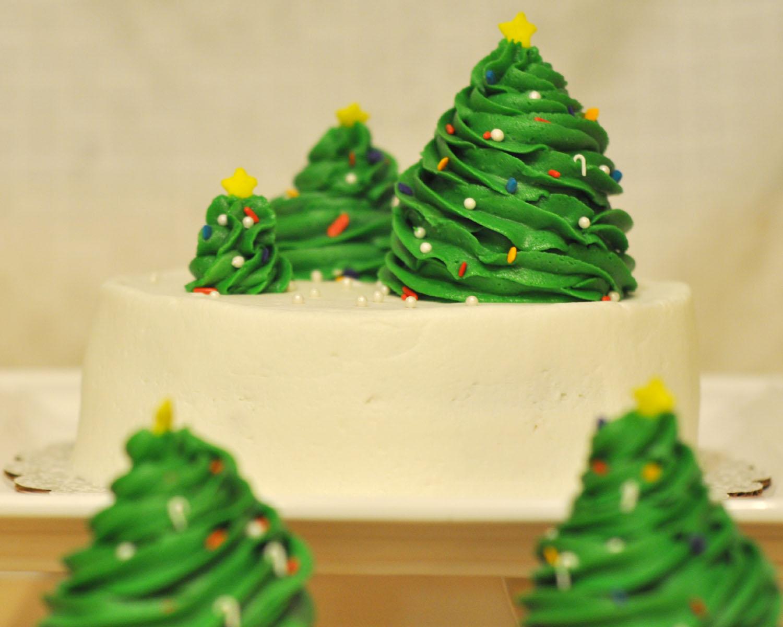 & Beki Cooku0027s Cake Blog: Simple Christmas Cake