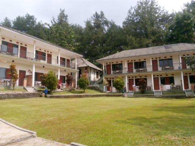 fasilitas cunang hill, villa dekat curug nangka