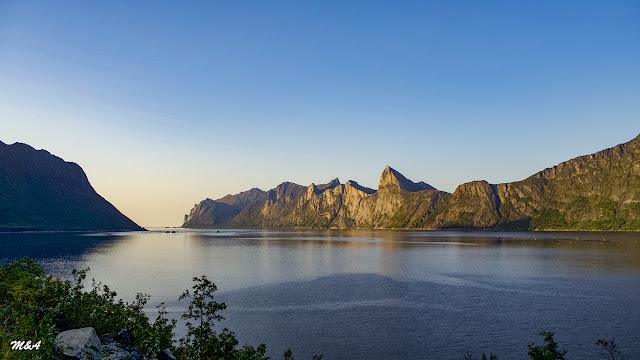 Mefjorden - Senja por El Guisante Verde Project