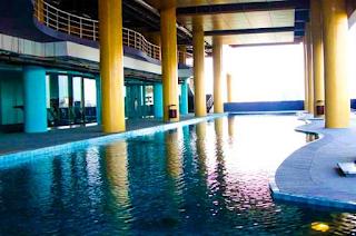 kolam indoor hotel merlynn park
