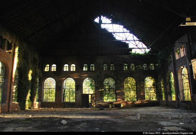 Charleroi safari mine à ciel ouvert ruine urbaine