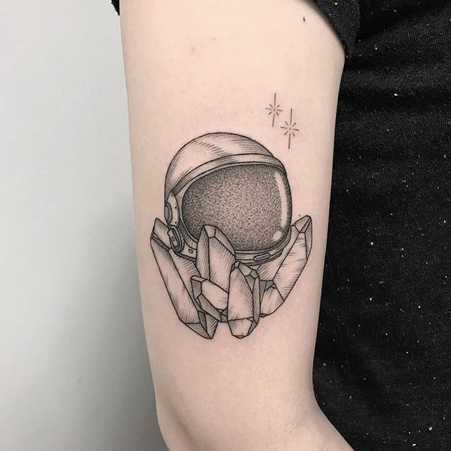astronaut helmet sketch tattoo