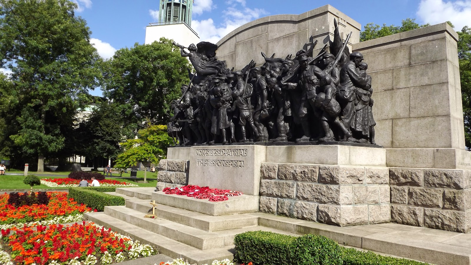 Newcastle War Memorial The Response