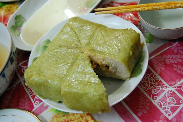 The traditional Vietnamese foods must have on the Tet
