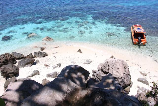 pulau failonga maluku utara