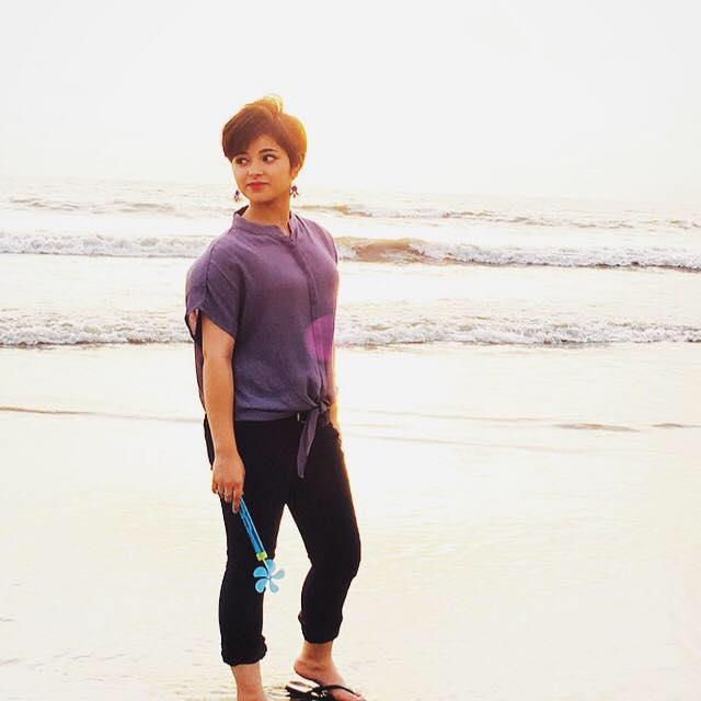 [Image: Zaira-Wasim-Dangal-Movie-Daughter-Photos-13.jpg]