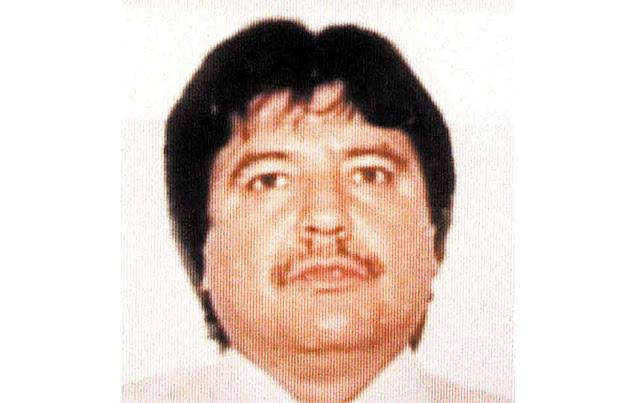 Y el cadáver de Amado Carrillo?, donde esta?,  que paso con el? Sigue vivo?