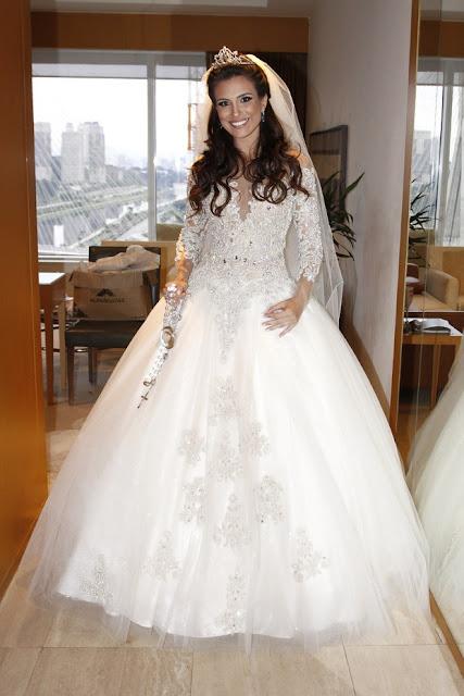 Kamila Salgado ex bbb casamento vestido de noiva e terço