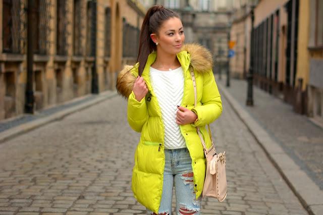 Boyfriend jeans and fluo coat  - Czytaj więcej