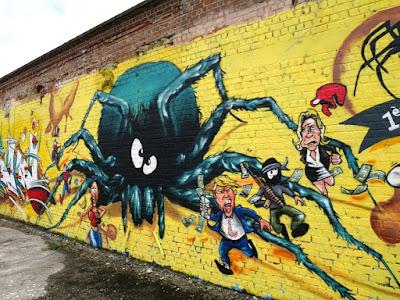 HMI : caricatures et araignées au plafond