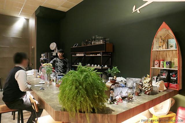 IMG 9554 - 啥!顛覆吧。沒有招牌的超神秘咖啡廳!超酷的黑糖expresso粉粿是深夜限定!