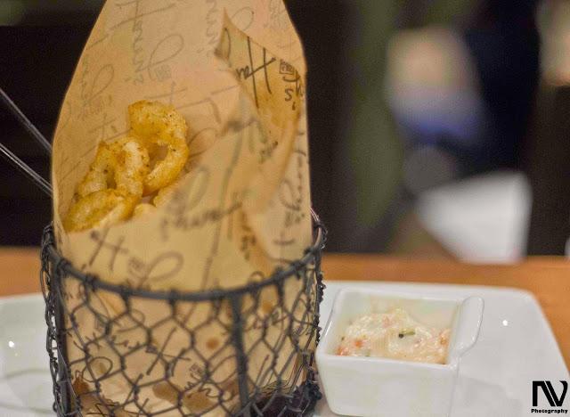 Fisherman's Basket : Prawns and Calamari