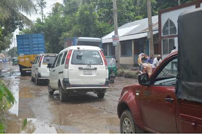 কুমিল্লা-নোয়াখালী মহাসড়কের বেহাল দশা