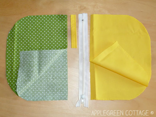 how to make a lined zippered bag tutorial - You can't have enough zippered pouches. They are my favorite items to sew, and they make perfect holiday gifts. Follow this easy, step-by-step tutorial and sew one of these beauties yourself!