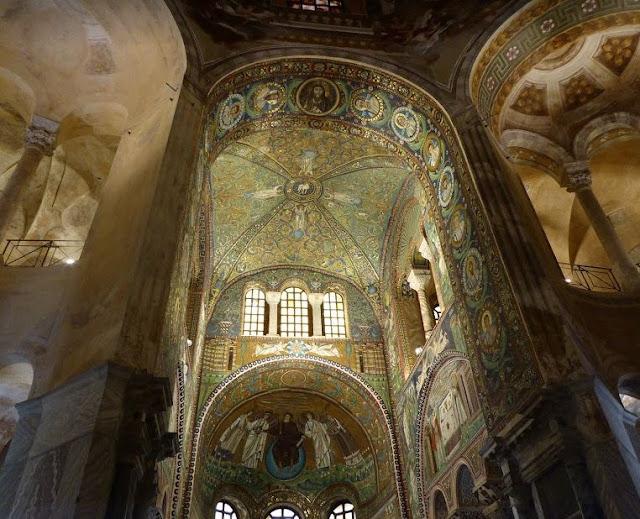 mosaici nella basilica di san vitale