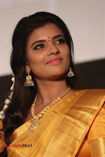Actress Aishwarya Rajesh Pictures in Saree at Dharmadurai Audio Launch  0009