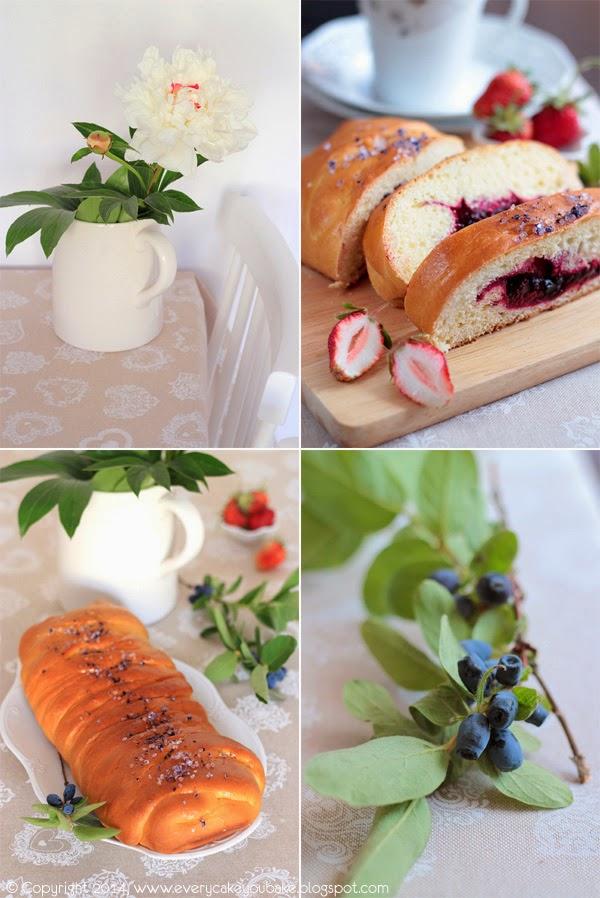 waniliowa strucla z letnimi owocami