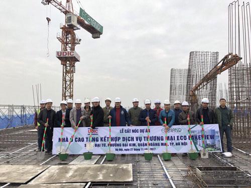 Lễ cất nóc tòa HH2 dự án Eco-Lake View, vượt tiến độ 2 quý