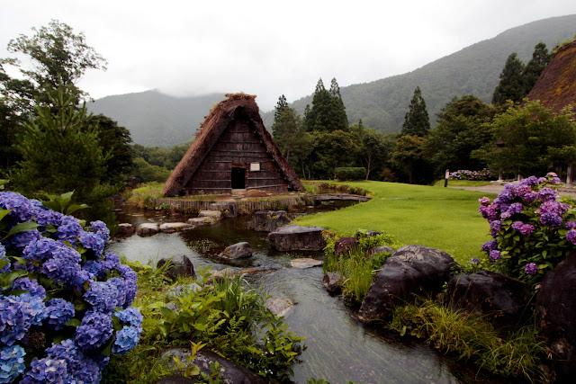 Casa tradicional del estilo gasshō-zukuri en Shirakawa-go