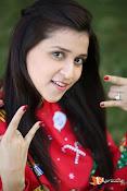 Mannara Chopra Sizzling Stills-thumbnail-10
