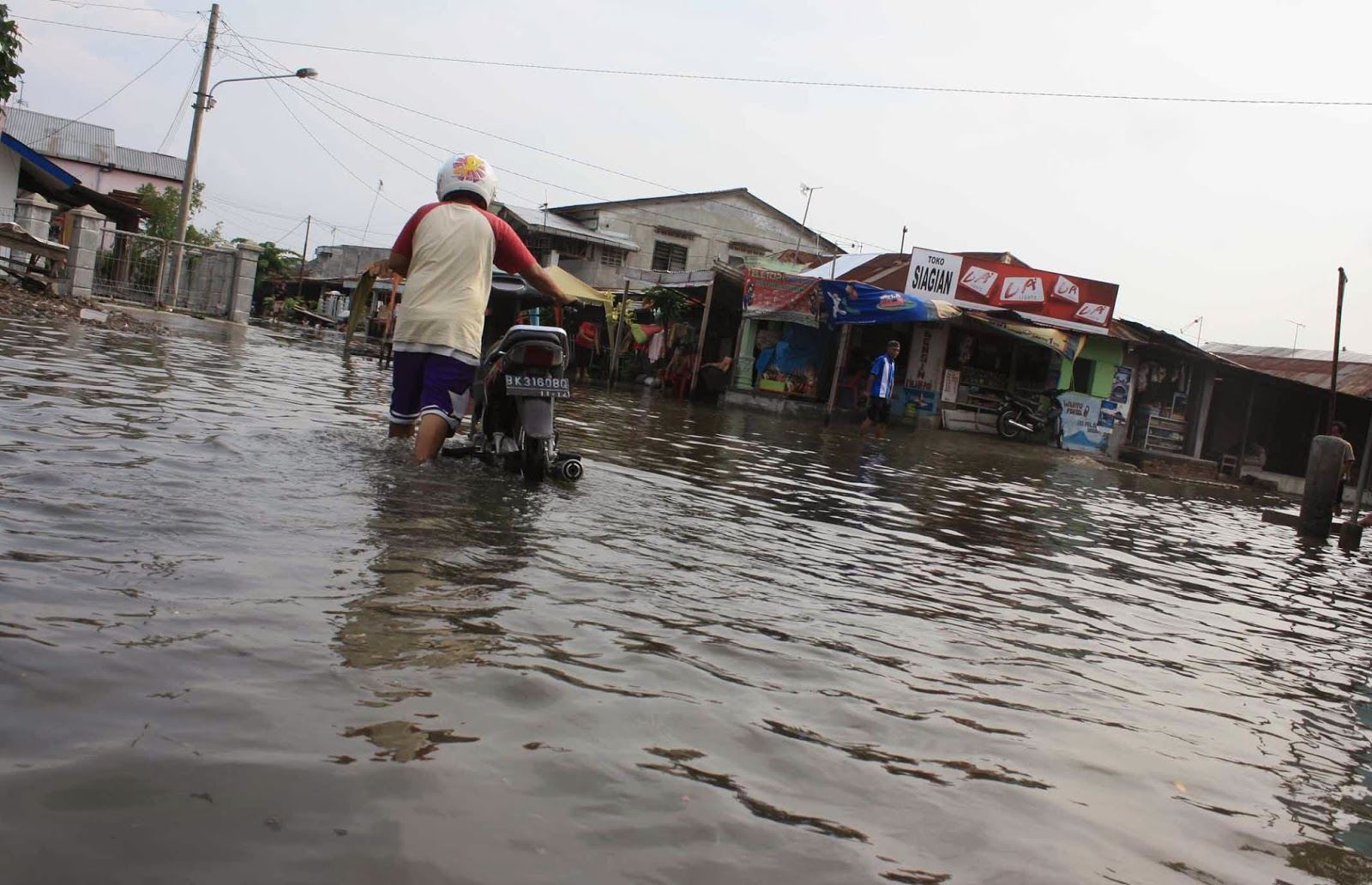 Bencana alam angin topan haiyan di filipina dating