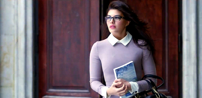 jacqueline fernandez in glasses specs fliqy