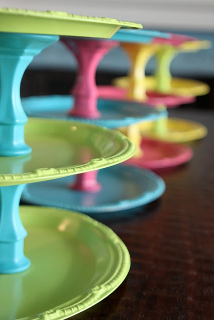 The Sweet Peach Paperie: Cupcake Stand Tutorial